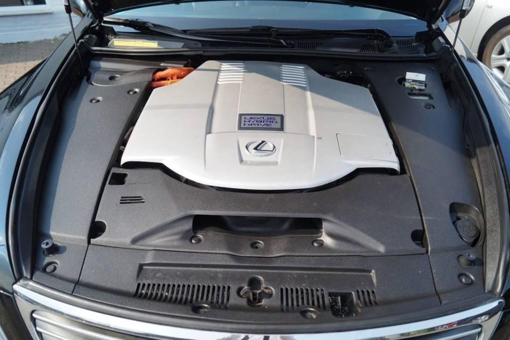 Lexus Clunking Noise