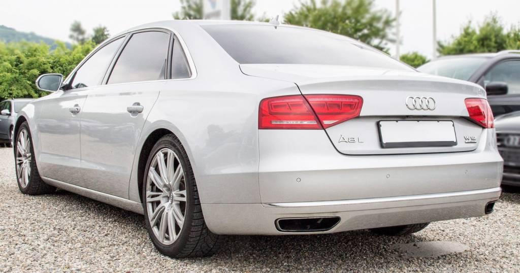 Audi A8 (D4) 2010-2017 | Different Car Review